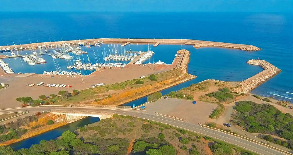 Porto Corallo