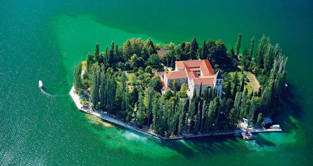 Croacia destino de alquiler de barcos